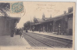 BERGUES  Intérieur De La Gare - Bergues