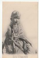 Princesse Hindoue En Costume Traditionnel - Inde