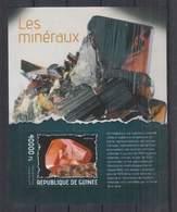 D712. Guinee - MNH - 2014 - Nature - Minerals - Bl - Plants