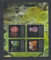 J313. Niger - MNH - 2013 - Nature - Minerals - Plants