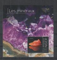 J313. Niger - MNH - 2014 - Nature - Minerals - Bl - Plants