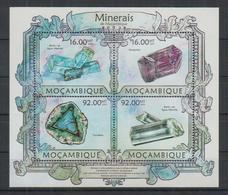 L314. Mozambique - MNH - 2013 - Nature - Minerals - Plants