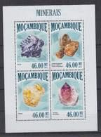 M314. Mozambique - MNH - 2013 - Nature - Minerals - Plants