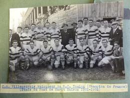 TRES RARE 1931 /32 PHOTO CA VILLENEUVE RUGBY XV (PAS ENCORE TREIZE ) GALIA ROUSIE PERRICOT CAMO ET +++ - Sport