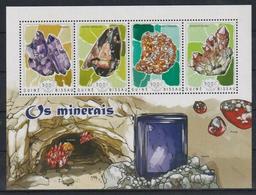 T711. Guinea-Bissau - MNH - 2014 - Nature - Minerals - Plants