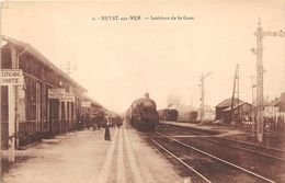 BB241 Heyst Sur Mer Interieur De La Gare Ca 1920 - Heist