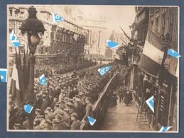 Lille Photo 1914 1918 Liberation De Lille 1918 Troops Anglais De Général Birdwood Dans La Ville Infantérie - (voire Dos) - Lille