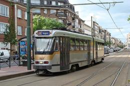 Bruxelles (Belgique) 06/2008 - Tramway De Bruxelles Rame PCC 7700/7800 Ligne 25 – Station Meiser Rame N°7807 - Transport Urbain En Surface