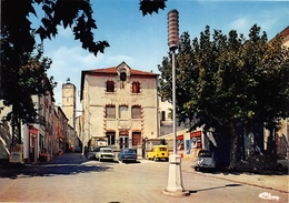 CAZOULS-les-BEZIERS - Le Centre Ville, La Poste - Lampadaire - 2cv Citroën - Renault 4L Break Jaune - Autres Communes