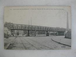 ISSY LES MOULINEAUX - Pont Du Chemin De Fer Près La Gare Des Moulineaux (animée) - Issy Les Moulineaux