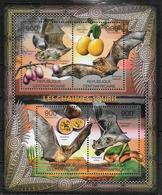 CENTRAFRIQUE  Feuillet N° 2236/39  * *  ( Cote 20e ) Chauve Souris Fruits - Fledermäuse