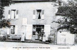 (Hte Saone) CPA  Vy Les Lure  Epicerie Verguet  Place De L' Eglise     (Bon Etat) - Frankreich