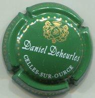 CAPSULE-CHAMPAGNE DEHEURLES Daniel N°12 Fond Vert Foncé - Champagne