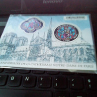 CATHEDRALE NOTRE DAME DE PARIS 2013 BLOC NEUF MNH VOIR SCAN - Mint/Hinged