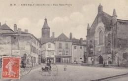 Deux-Sèvres - Airvault - Place Saint-Pierre - Airvault