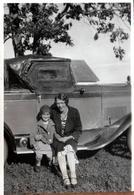 Photo Originale USA Voiture Américaine Ford Oldtimer à La Capote Particulière Vers 1930 FORD A ROADSTER - Automobiles