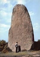 DOLMEN Et MENHIR -    Le Plus Grand Menhir De Bretagne ( 13 M ) à GLOMEL (22 ) - Dolmen & Menhirs