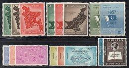 XP4396 - PAKISTAN , Piccolo Insieme Di Serie Linguellate *  (2380A) - Pakistan