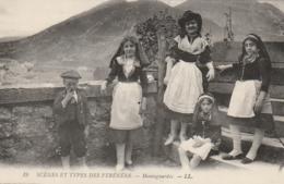 ***64 **** Scènes Et Types Des Pyrénées Montagnardes - Neuve Excellent état - France