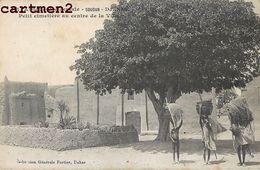 DJENNE CIMETIERE AU CENTRE DE LA VILLE SOUDAN AFRIQUE OCCIDENTALE - Soudan