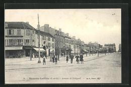CPA Maisons-Laffitte, Avenue De Longueil - Maisons-Laffitte