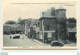 COMBOURG - La Maison De La Lanterne - Place Notre-Dame - Combourg
