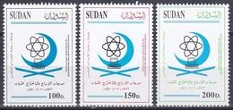 Sudan Soudan 2002 Organisationen Wissenschaft Science Förderung Sponsorship Atom Computer Halbmond, Mi. 552-4 ** - Sudan (1954-...)