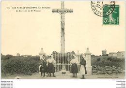 85 LES SABLES D'OLONNE. Sablaises 1913 Le Calvaire De Saint Nicolas - Sables D'Olonne