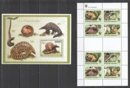 TG1297 2010 TOGO FAUNA WILD ANIMALS WWF PHATAGINUS TRICUSPIS PANGOLINS 1KB+1BL MNH - W.W.F.
