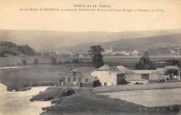 Ancien Moulin De Naveau, Actuellement Boulonnerie - France