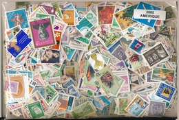 OFFER   Lot Stamp  America 3000 Sellos Diferentes  (mixed Condition) - Stamps