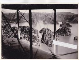 PHOTO AERIENNE - MILITARIA - INDOCHINE - LA BAIE D'ALONG Photographié Depuis Un Avion (Vue Des Ailes) Vers 1930 - Lieux