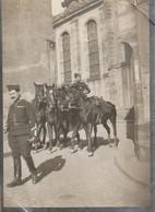 """Photo Décembre 1914 LUNEVILLE - Dragons """"en Course"""", Aux Provisions (A216, Ww1, Wk 1) - Luneville"""