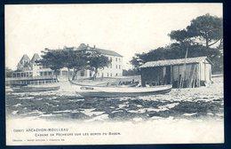 Cpa Du 33 Arcachon Moulleau -- Cabanes De Pêcheurs Sur Les Bords Du Bassin   LZ98 - Arcachon