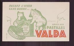 "Buvard ( 18 X 10.5 Cm ) "" Pastilles Valda  "" ( Pliure ) - Produits Pharmaceutiques"