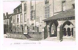 CPA (70) Luxeuil. Le Cloître Et La Mairie.     TTB. (M.519). - Luxeuil Les Bains