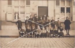 FOTOKAART KINDEREN AAN DE FERDINAND COOSEMANSSTRAAT 67 BERCHEM / AFFICHE WITGOED WERKSTER, WERKT OOK VOOR WINKELS - Antwerpen