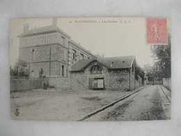 VAUCRESSON - Les écoles - Scuole