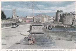 LIMERICK CITY. TRTEATY STONE,THOMOND BRIDGE.KING JOHNS CASTLE - Limerick