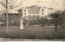 D64  BIARRITZ  Le Square Et La Gare Du Midi - Biarritz
