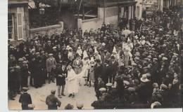 SAINT JAMES - Carte Photo De La Mi Carême 1926 - Noce Normande. Lire Noms Mariés Au Verso !!!! ( Carte Animée Et Rare ). - Francia