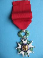 Médaille Chevalier De L'Ordre De La Légion D'Honneur - Médailles & Décorations