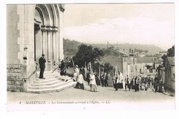 CPA (54) Maxéville. Les Communiants Arrivant à L'église. TTB.  (M.583). - Maxeville