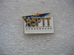 Pin's De L'ASPTT De STRASBOURG, 1 Club 33 Activités - Badminton