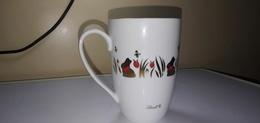 CHOPE  TASSE EN PORCELAINE LINDT-GMBH - Cups