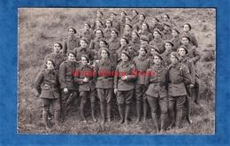 CPA Photo - à Situer - Beau Portrait De Soldat Du Régiment - Vers 1939 ? WW2 ? Voir Insigne Patch & Uniforme - Guerra 1939-45