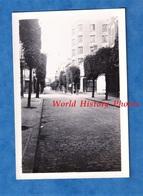 Photo Ancienne Snapshot - VILLEMOMBLE - Une Rue - Prés LE RAINCY / ROSNY Sous BOIS - Seine Saint Denis - Cars