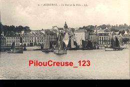 """29 Finistère  - AUDIERNE - """" Le Port Et La Vill"""" """" - Audierne"""