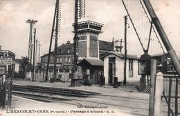 Gares -PAS DE CALAIS-LIBERCOURT-GARE -Passage à  Niveau E.C// CIRCULÉE -RR -TBE - Gares - Sans Trains