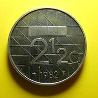 Netherlands 2 1/2 Gulden 1982 - [ 3] 1815-… : Kingdom Of The Netherlands
